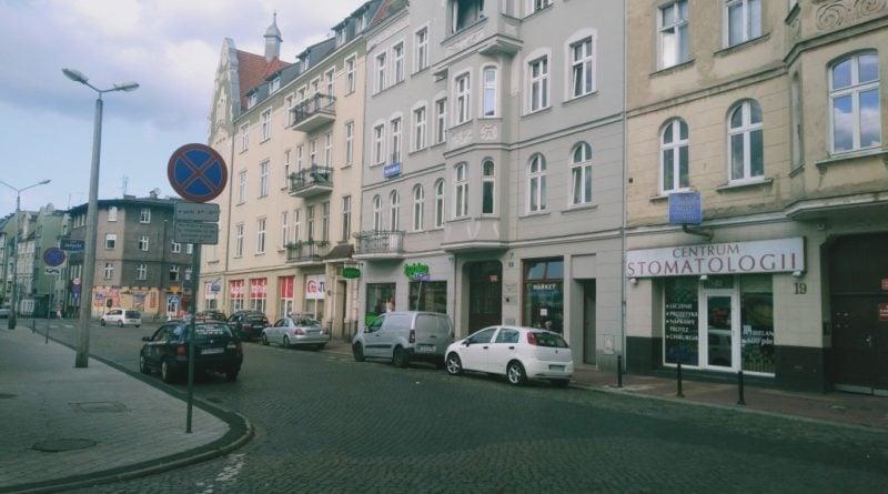 rynek jezycki 6 800x445 - Poznań: Zygzakiem po Jeżycach, czyli przewodnicy zapraszają na spacer