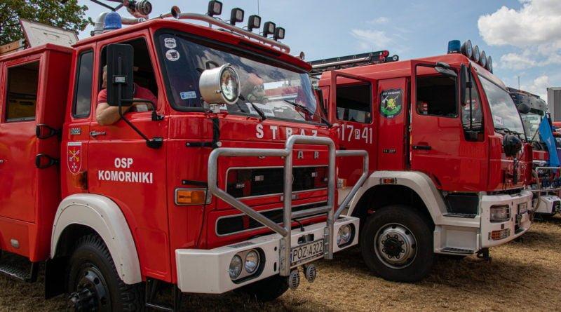straz pozarna s. wachala 16 800x445 - II Ogólnopolski Zlot Czerwonych Samochodów w Poznaniu (zdjęcia)