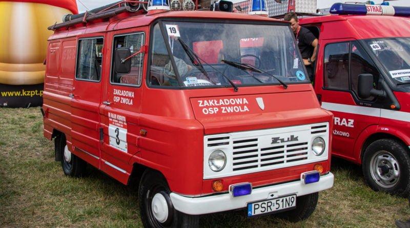 straz pozarna s. wachala 2 800x445 - II Ogólnopolski Zlot Czerwonych Samochodów w Poznaniu (zdjęcia)