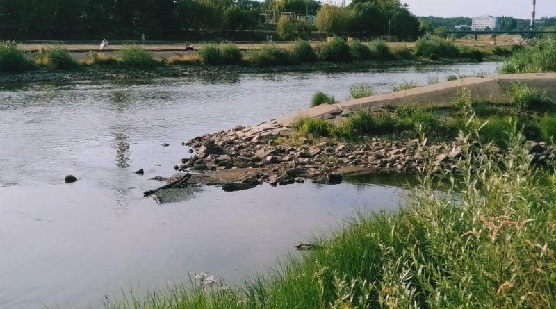 warta 1 800x445 - Poznań:  Żegluga na Warcie zawieszona z powodu stanu wody