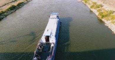 warta statek 390x205 - Poznań:  Żegluga na Warcie zawieszona z powodu stanu wody