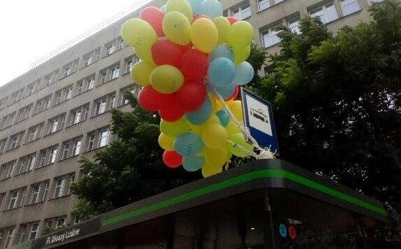 balony na przystanku wiosny ludow fot. ztm 1 - Poznań: Tydzień Zrównoważonego Transportu i weekendowe atrakcje