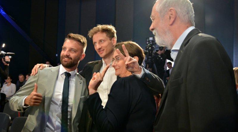 Bartłomiej Ignaszewski Franek Sterczewski Joanna Jaśkowiak i Rafał Grupiński fot. Karolina Adamska