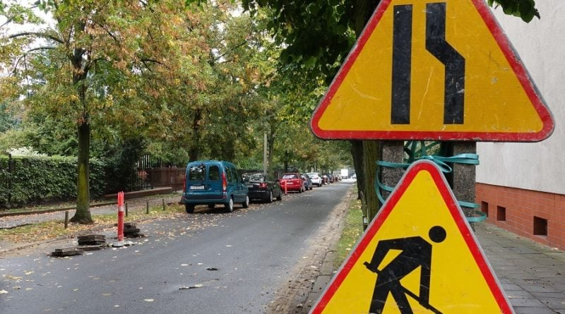 Poznań: Zaczyna się remont chodników na Bluszczowej