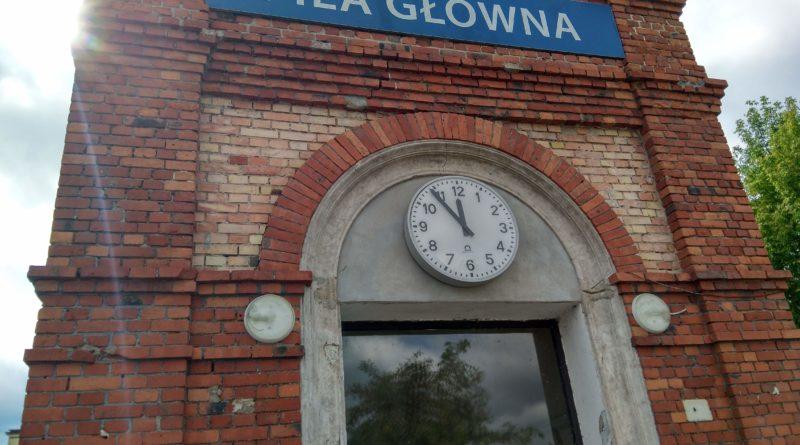 dworzec pila glowna 2 800x445 - Piła: Szczepień przeciwko grypie dla seniorów nie będzie
