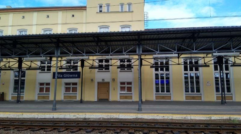 dworzec pila glowna 800x445 - Piła: Wezwała policję i... była zdziwiona, że przyjechali
