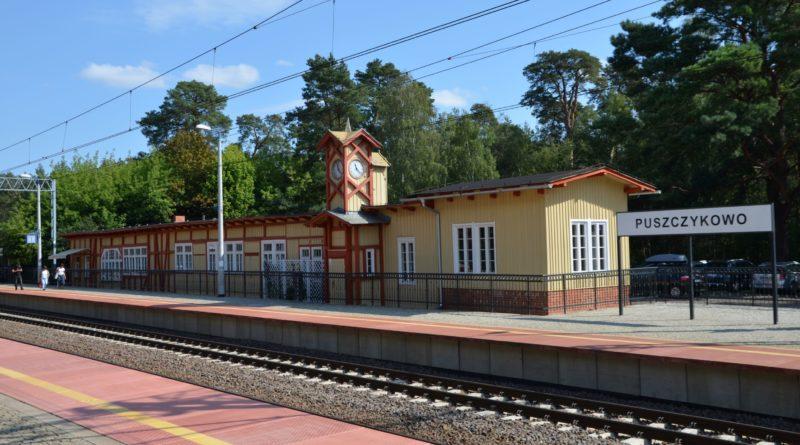 dworzec w puszczykowie fot. sp 800x445 - Puszczykowo: Dworzec znów zachwyca po remoncie