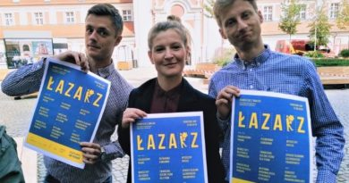 etzt lazarz 2 390x205 - Poznań: Skwer Eki z Małeki zaprasza na Park(ing) Day Poznań na Łazarzu