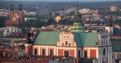 miasto poznan fot. slawek wachala 9 390x205 - Poznań: Urząd miasta w czasach zarazy. 1500 osób chodzi do pracy