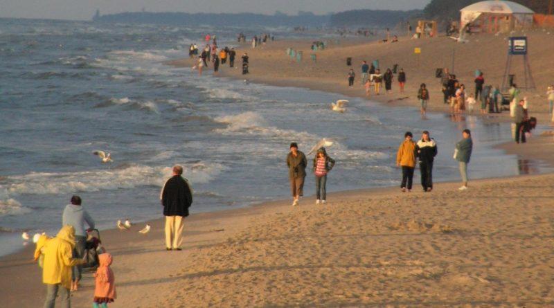 morze plaza 1 800x445 - Jarocin: Dwie osoby utonęły podczas wakacji w Międzyzdrojach