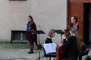 muzyka w studni fot. slawek wachala 5 300x200 - Muzyka w studni  - barok na Wildzie