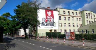 pila mural 390x205 - Piła: Prezydent wysłał list do premiera. W sprawie śmieci