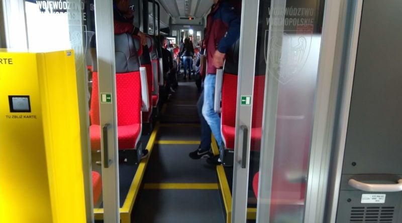 """pociag koleje wielkopolskie elf 2 4 800x445 - Nowe pociągi dla Kolei Wielkopolskich. """"Charakteryzują się nowoczesnym designem"""""""