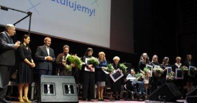 """poznanianka roku fot. ump 390x205 - Poznań: Szukamy """"Poznanianki Roku""""!"""