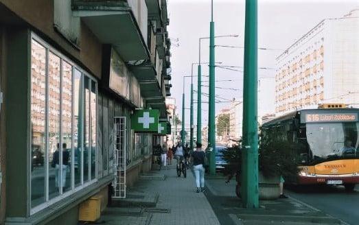 rowerzysci 2 - Poznań: Rowerzyści na Głogowskiej? To poważny problem