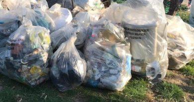 śmieci sprzątanie świata fot. UMP