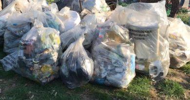 sprzątanie świata śmieci fot. UMP