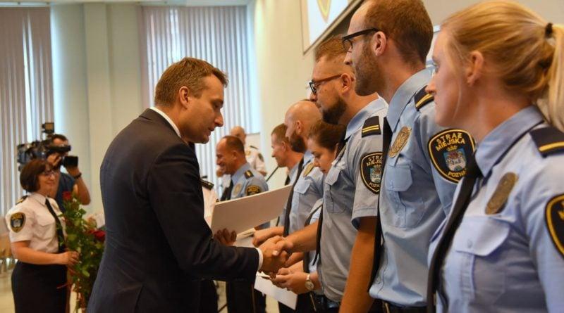 straznicy miejscy 14 800x445 - Poznań: Strażnicy miejscy świętują