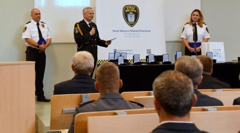straznicy miejscy 2 800x445 - Poznań: Strażnicy miejscy świętują