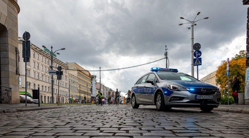 tweed ride poznan v fot. slawek wachala 95 800x445 - Piła: Dziwne zachowanie w... restauracji
