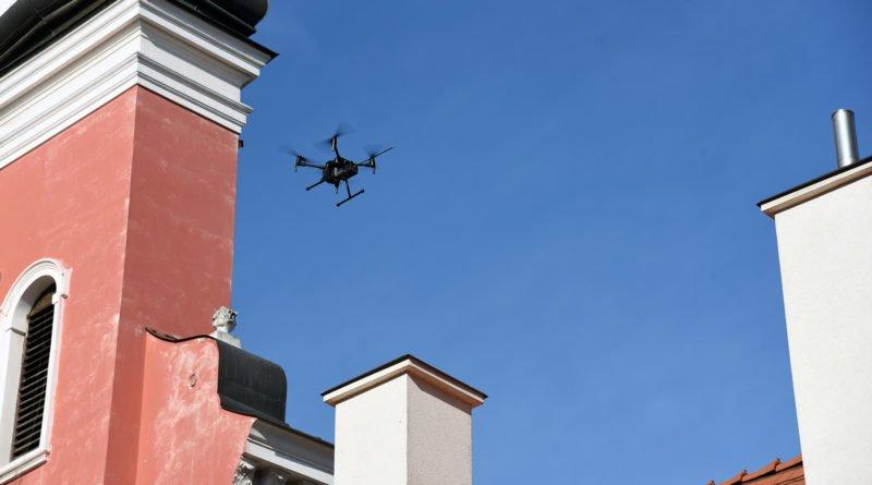 dron fot. UMP