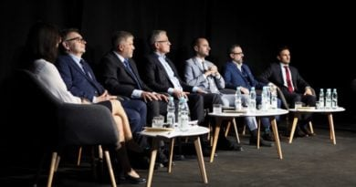 Jarosław Pucek podczas debaty kandydatów na prezydenta Poznania 2018 fot. Wojtek Lesiewicz