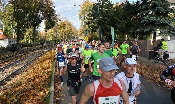 maraton 2019 9 fot.k.adamska 746x445 - Poznań: Marszałek zaprasza na Narodowy Dzień Sportu