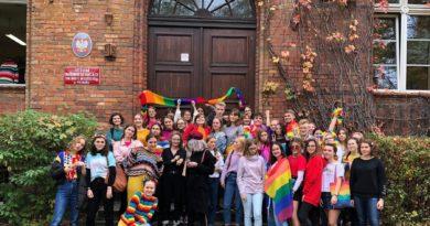 Marynka tęczowy piątek fot. grupa Stonewall