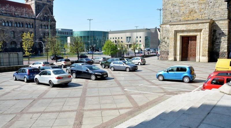 projekt dziecdzinca ck zamek3 fot. ump 800x445 - Poznań: Dziedziniec przed CK Zamek idzie do remontu. I nie będzie już parkingiem