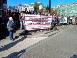 protest na polwiejskiej 2 300x225 - Poznań: Protest anarchistów. Interweniowała policja