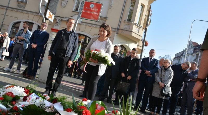 rocznica fot. karolina adamska 4 800x445 - Poznań: Obchody 63. rocznicy wybuchu Powstania Węgierskiego