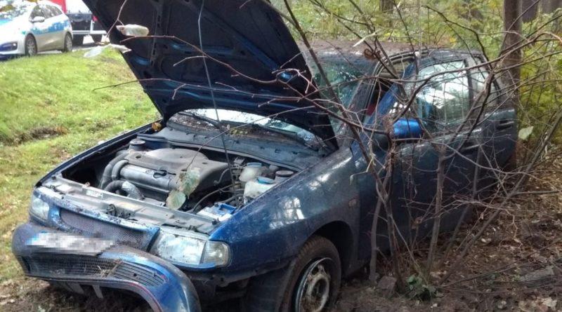 samochód po wypadku fot. KPP Wolsztyn