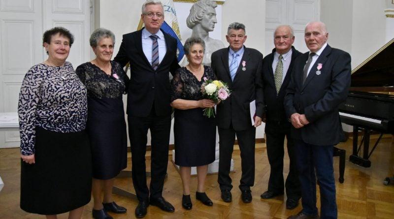 50 lat 6 fot. ump 800x445 - Poznań: Prezydent wręczył Medale za Długoletnie Pożycie Małżeńskie