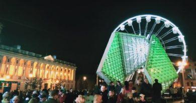 betlejem 9 390x205 - Poznań: Chcesz choinkę za darmo? Idź na plac Wolności!