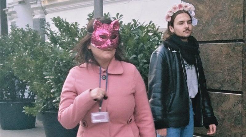 demonstracja 5 800x445 - Poznań: Dwie demonstracje, aborcja i ... Hare Kryszna