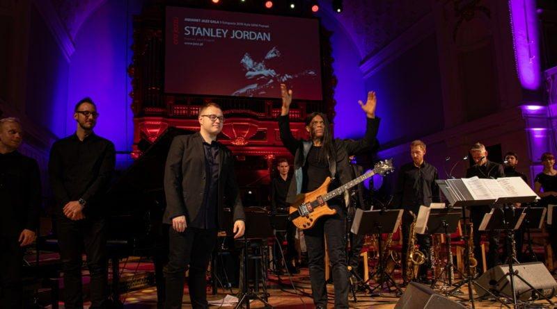 era jazzu stanley jordan fot. slawek wachala 168 of 169 800x445 - Era Jazzu: Stanley Jordan Poznań Jazz Project