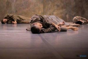 fabula rasa ptt fot. slawek wachala 14 of 67 300x200 - Polski Teatr Tańca: Fabula Rasa, czyli spektakl do odkrycia