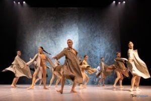 fabula rasa ptt fot. slawek wachala 58 of 67 300x200 - Polski Teatr Tańca: Fabula Rasa, czyli spektakl do odkrycia