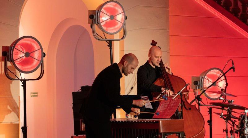 festiwal nostalgia oles brothers trio fot. slawek wachala 8 of 30 800x445 - Komeda na wibrafon, kontrabas i perkusję – czyli drugi dzień festiwalu Nostalgia