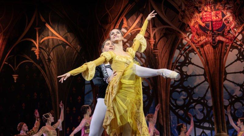 """jezioro labedzie the royal moscow ballet fot. slawek wachala 10 of 38 1 800x445 - Poznań: """"Jezioro łabędzie"""" The Moscow Royal Ballet oczarowało widzów"""