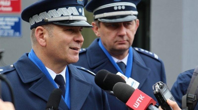 komisariat wodny 4 fot. kwp 800x445 - Poznań: Policja ma nowy komisariat wodny. Przy Wioślarskiej