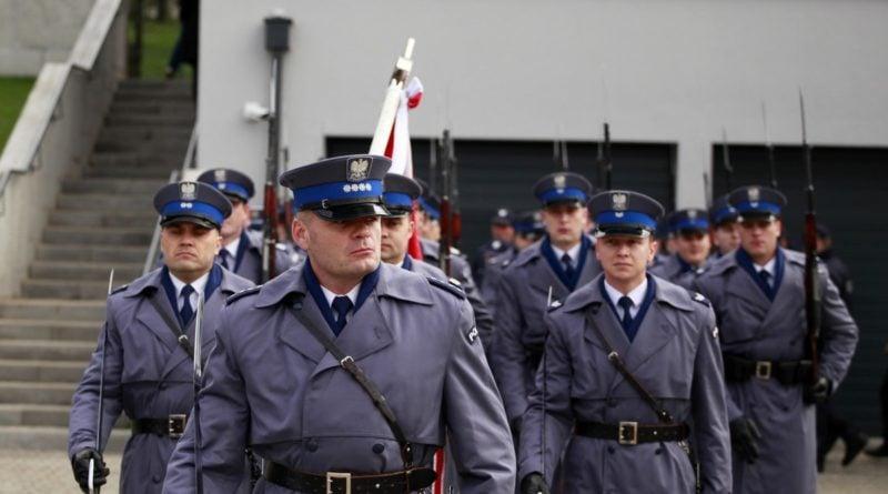 komisariat wodny 5 fot. kwp 800x445 - Poznań: Policja ma nowy komisariat wodny. Przy Wioślarskiej