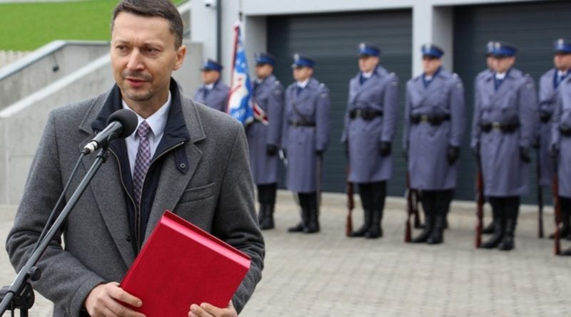 komisariat wodny 9 fot. kwp 800x445 - Poznań: Policja ma nowy komisariat wodny. Przy Wioślarskiej
