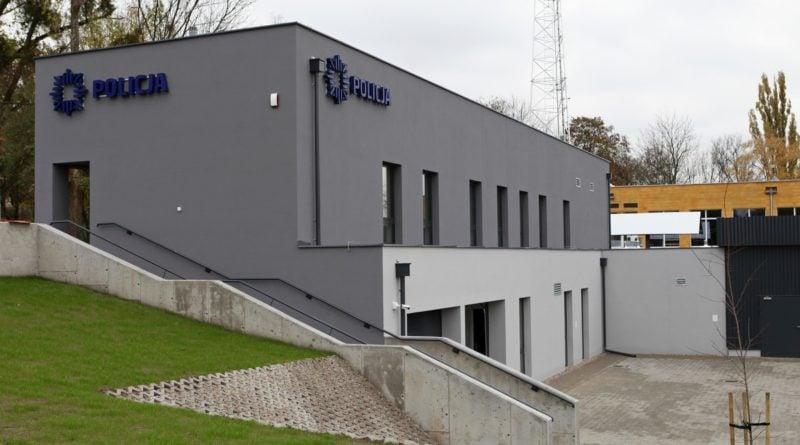 komisariat wodny fot. kwp 800x445 - Poznań: Policja ma nowy komisariat wodny. Przy Wioślarskiej