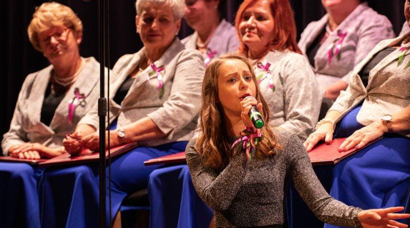koncert dla uczczenia 101.rocznicy odzyskania nieodleglosci kozieglowy fot. slawek wachala 70 of 94 800x445 - Moniuszko w Koziegłowach