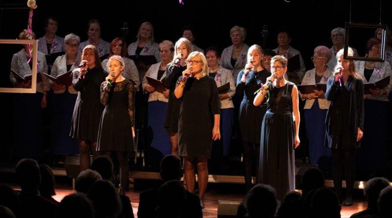 koncert dla uczczenia 101.rocznicy odzyskania nieodleglosci kozieglowy fot. slawek wachala 81 of 94 800x445 - Moniuszko w Koziegłowach