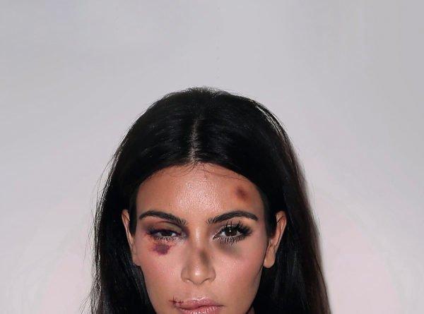 lifecanbeafairytale kimkardashian by alexsandropalombo web 600x445 - Poznań: aleXsandro Palombo: księżniczki Disneya i gwiazdy jako ofiary przemocy domowej