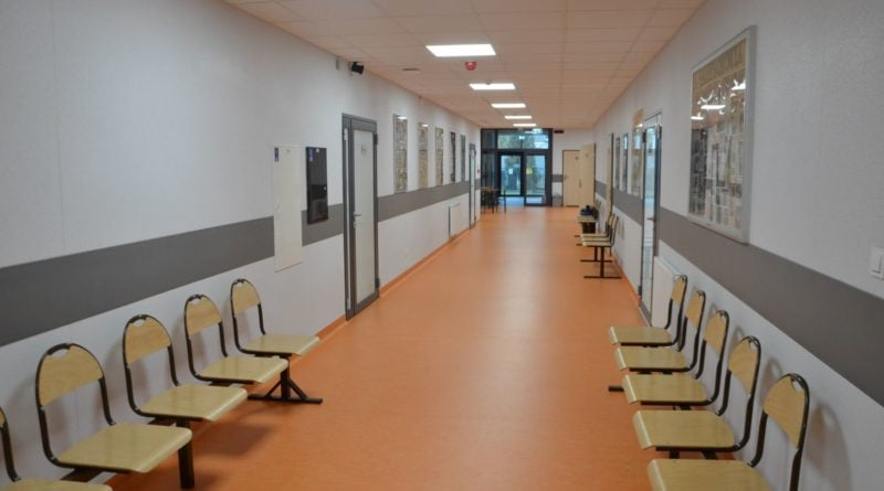 murowana goslina szkola 10 fot. pp 800x445 - Czy szkoły znów zostaną zamknięte?