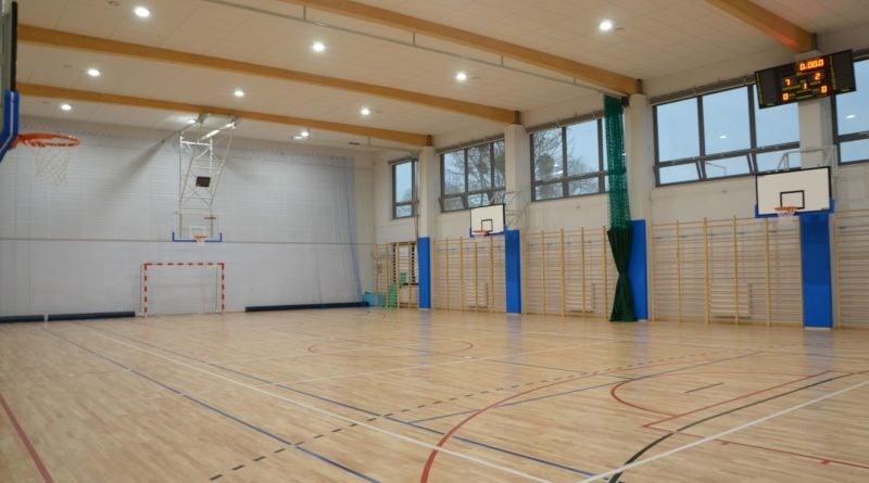 murowana goslina szkola 5 fot. pp 800x445 - Murowana Goślina: Stuletnia szkoła jak nowa. Dzięki modernizacji i dobudowie skrzydła