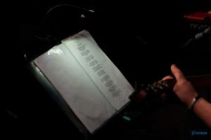 poetyckie zaduszki pawel wojcik i tomasz sarniak fot. slawek wachala 7 of 20 300x200 - Poetyckie Zaduszki w wykonaniu Pawła Wójcika i Tomasza Sarniaka